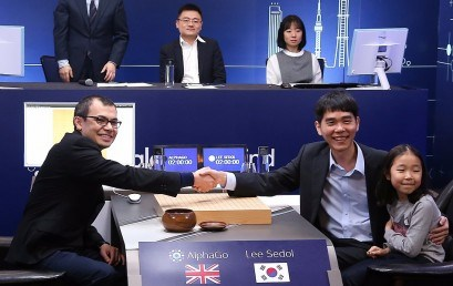 """El campió Mundial de """"GO"""" aconsegueix guanyar al programa d'intel·ligència artificial de Google, un cop de cinc"""