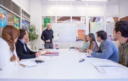 Acord de Centre d'Estudis Prat i l'Institut nord-americà per a l'estudi de l'anglès